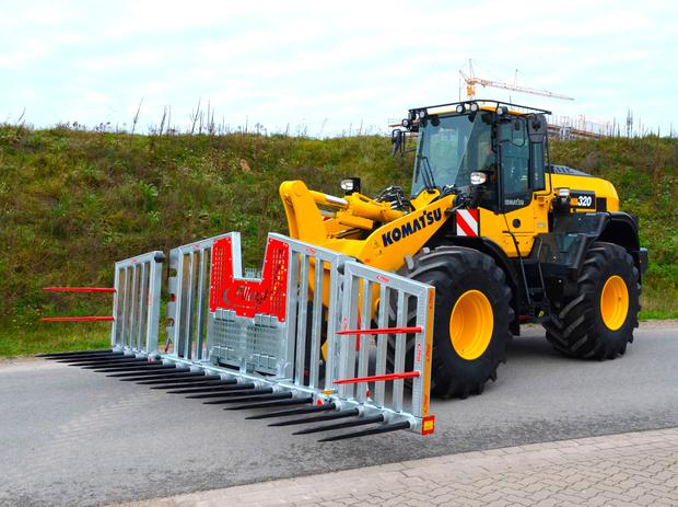 Komatsu's first purpose-built, agriculture and silage specific WA320-8 wheel loader – now available from distributor McHale Plant Sales.