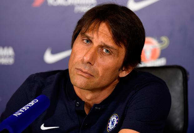 Chelsea manager Antonio Conte speaks to the press. Photo: Reuters