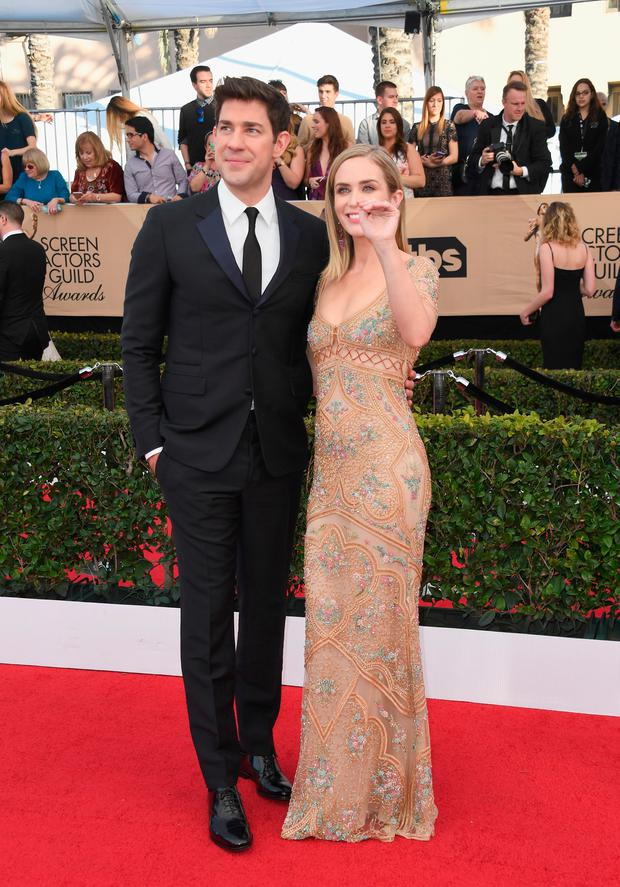 Actors John Krasinski (L) and Emily Blunt attend the 23rd Annual Screen Actors Guild Awards at The Shrine Expo Hall on January 29, 2017 in Los Angeles, California. (Photo by Alberto E. Rodriguez/Getty Images)