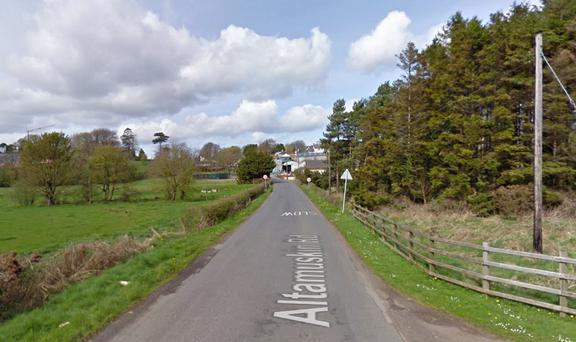 A road approaching Sixmilebridge (Image via Google Maps)