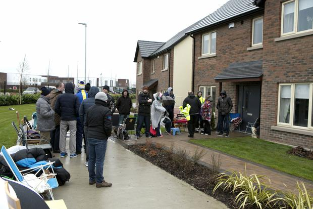 People queue for a chance to buy a new home at Beechwood Heath in Hansfield, Dublin 15. Photo: Kyran O'Brien