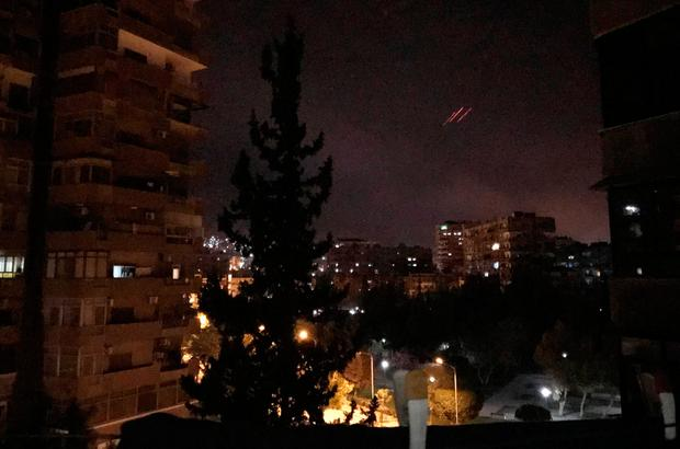 Anti-aircraft fire is seen over Damascus,Syria early April 14, 2018. Photo: Reuters