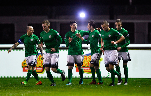 16 April 2018; Ronan Coughlan of Bray Wanderers, centre, celebrates with team-mates after scoring his side's first goal during the SSE Airtricity League Premier Division match between Bray Wanderers and Shamrock Rovers at the Carlisle Grounds in Bray, Wicklow. Photo by Piaras Ó Mídheach/Sportsfile