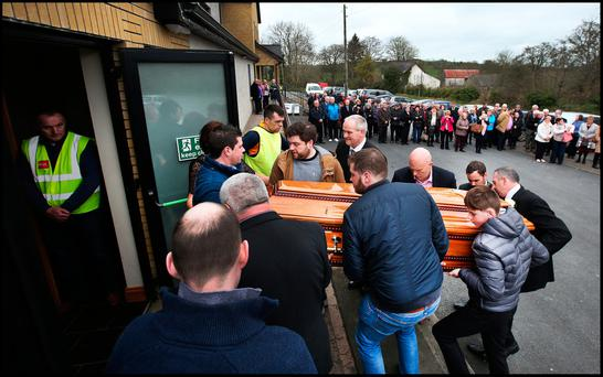 Singer Big Tom laid to rest in Co Monaghan