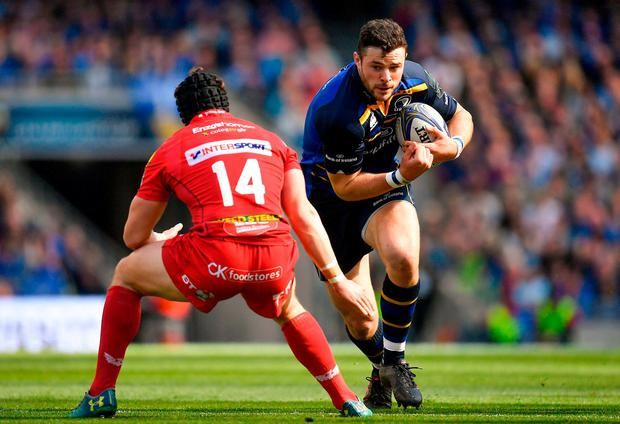 21 April 2018; Robbie Henshaw of Leinster in action against Leigh Halfpenny of Scarlets during the European Rugby Champions Cup Semi-Final match between Leinster Rugby and Scarlets at the Aviva Stadium in Dublin. Photo by Brendan Moran/Sportsfile