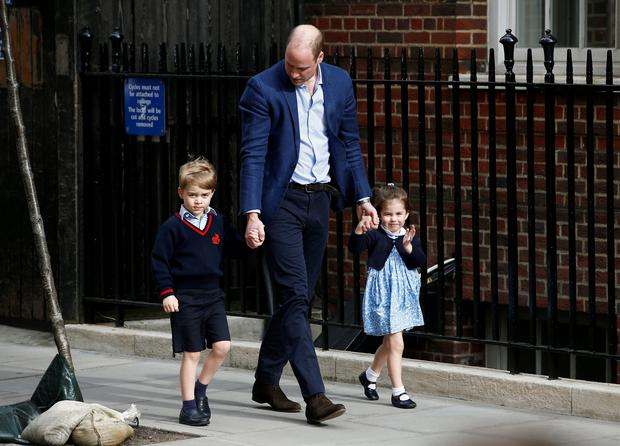 Britain's Prince William arrives at the Lindo Wing of St Mary's Hospital with his children Prince George and Princess Charlotte after his wife Catherine, the Duchess of Cambridge, gave birth to a son, in London, April 23, 2018. REUTERS/Henry Nicholls