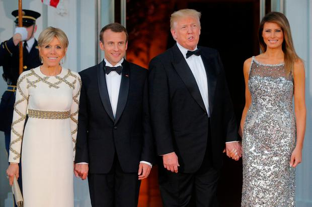 93509e6e83 United States President Donald Trump and first lady Melania Trump welcome  French President Emmanuel Macron and