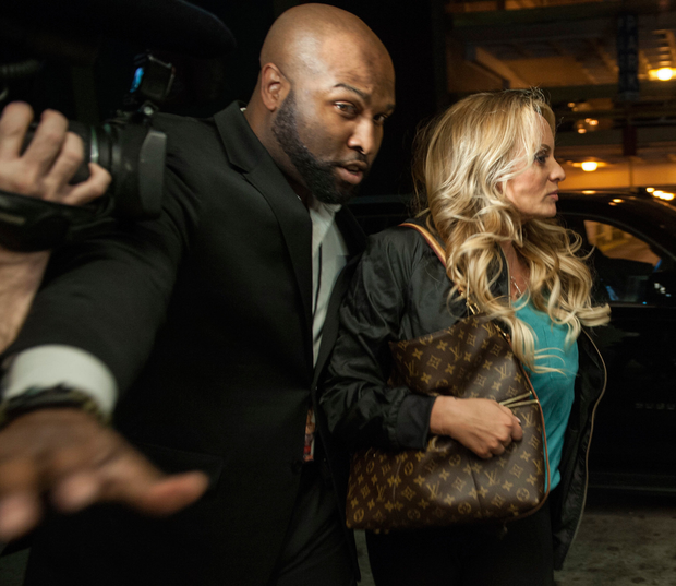 Stormy Daniels with a bodyguard as she arrives to perform in a show in downtown Pittsburgh on Wednesday. Photo: Stephanie Strasburg/Pittsburgh Post-Gazette