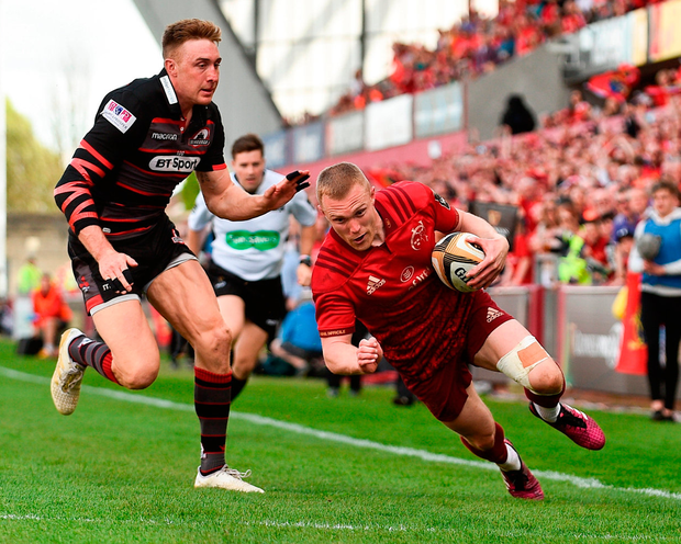 Keith Earls scores Munster's second try during the Guinness PRO14 semi-final play-off match against Edinburgh. Photo: Sam Barnes/Sportsfile