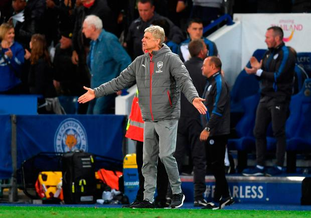 Arsenal manager Arsene Wenger gives instructions from the touchline. Photo: Getty