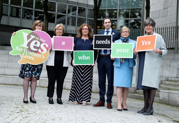 (l-r) Orla O'Connor, Director, National Women's Council of Ireland, Co- Director, Together for Yes, Noreen Byrne, Louise Lovett, Simon Harris TD, Minister for Health, Frances Fitzgerald TD and Ellen O Malley Dunlop, Chair, National Womens Council of Ireland PICTURE: MAXWELLPHOTOGRAPHY.IE