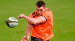 Peter O'Mahony going through his paces at UL yesterday. Photo: Piaras Ó Mídheach/Sportsfile
