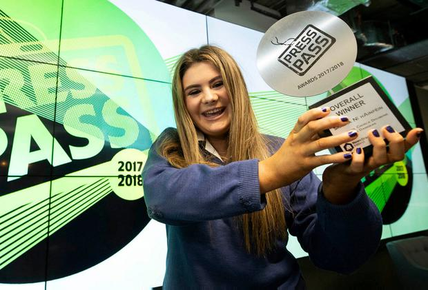 Síomha Ní hAinféin with her Press Pass award. Photo: Andres Poveda