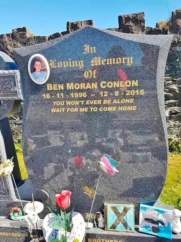 Ben's headstone is engraved with lyrics from Ed Sheeran song Photograph