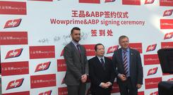 Mark Goodman with Stanley Lin, Managing Director of Wowprime China and the Minister for Agriculture Michael Creed