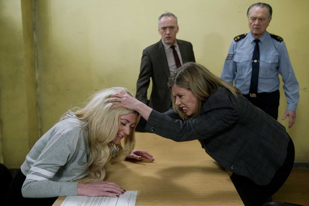 Aoife attacks Kerri Ann, Fair City