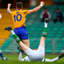 19 May 2018; Kieran Malone of Clare, right, celebrates scoring his side's first goal past Limerick goalkeeper Donal O'Sullivan with team-mate Keelan Sexton during the Munster GAA Football Senior Championship Quarter-Final match between Limerick and Clare at the Gaelic Grounds in Limerick. Photo by Piaras Ó Mídheach/Sportsfile