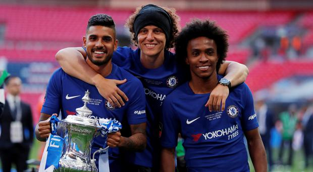 Willian fuels rumours of rift with Antonio Conte by obscuring the Italian's image in Instagram post