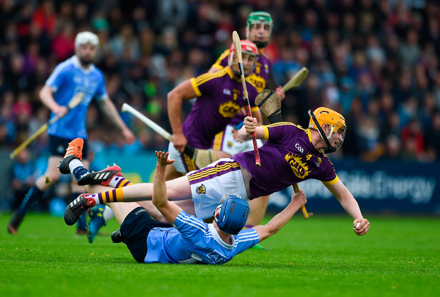 20 May 2018; Simon Donohue of Wexford in action against Fergal Whitley of Dublin during the Leinster GAA Hurling Senior Championship Round 2 match between Wexford and Dublin at Innovate Wexford Park in Wexford. Photo by Daire Brennan/Sportsfile