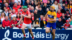 20 May 2018; Robbie O'Flynn of Cork in action against Cian Dillon of Clare during the Munster GAA Hurling Senior Championship Round 1 match between Cork and Clare at Páirc Uí Chaoimh in Cork. Photo by Brendan Moran/Sportsfile