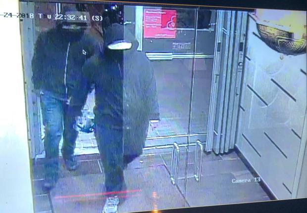 CCTV of the two suspects entering the restaurant Photo: Peel Regional Police twitter