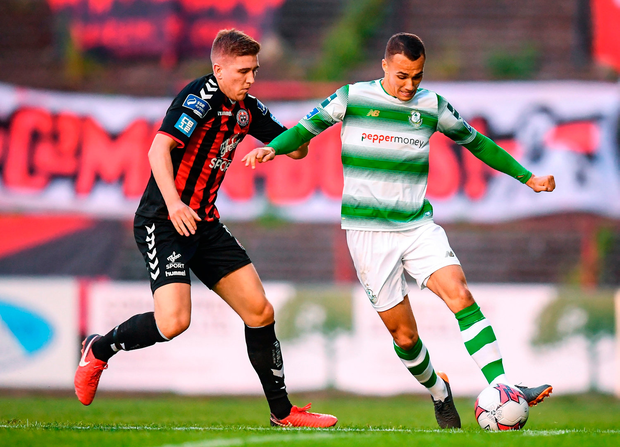 Graham Burke of Shamrock Rovers in action against Oscar Brennan of Bohemians. Photo by Stephen McCarthy/Sportsfile