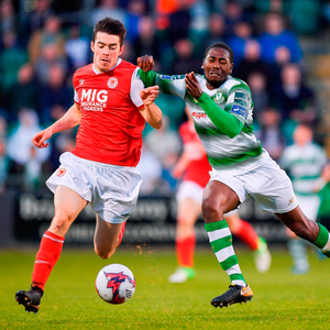 Lee Desmond of St Patrick's Athletic in action against Dan Carr of Shamrock Rovers during an SSE Airtricity League Premier Division match. Photo by Seb Daly/Sportsfile