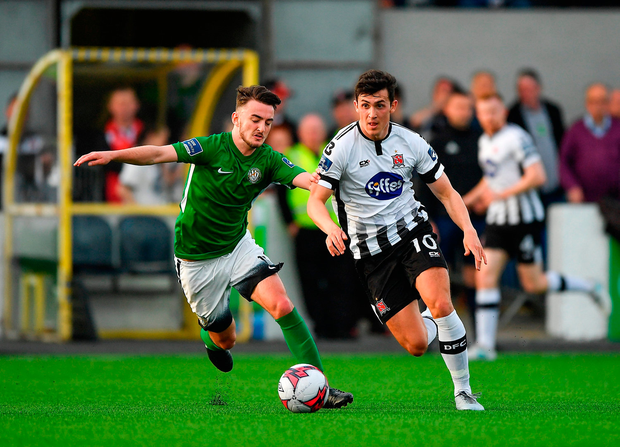 Jamie McGrath of Dundalk in action against Daniel McKenna of Bray Wanderers. Photo by Seb Daly/Sportsfile