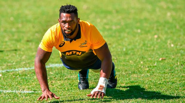 South African flanker Siya Kolisi, the first black Test captain who will lead South Africa in a three-Test series against England in June, attends the first Springboks training session on May 28, 2018 at St Stithies College, in Johannesburg
