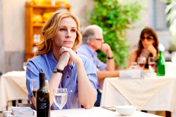 Solo dining: Julia Roberts in Eat Pray Love. Eating alone means no small talk, no shared dessert and best of all, no split bills