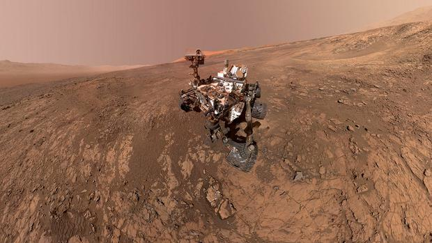 NASA's Curiosity Mars Rover snaps a self-portrait at a site called Vera Rubin Ridge on Mars. Photo: Courtesy NASA/JPL-Caltech/MSSS/Handout via REUTERS