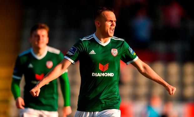 Rory Hale of Derry City celebrates scoring his side's first goal during the SSE Airtricity League Premier Division match between Bohemians and Derry City at Dalymount Park in Dublin. Photo by Piaras Ó Mídheach/Sportsfile