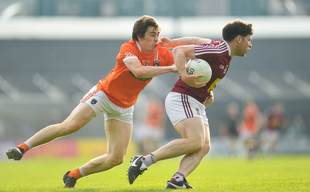 9 June 2018; Callum McCormack of Westmeath in action against Andrew Murnin of Armagh during the GAA Football All-Ireland Senior Championship Round 1 match between Westmeath and Armagh at TEG Cusack Park in Mullingar, Co. Westmeath. Photo by Ramsey Cardy/Sportsfile