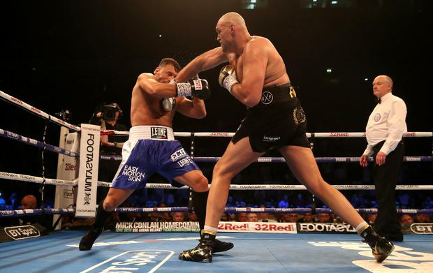 Former heavyweight champion Fury wins on boxing comeback