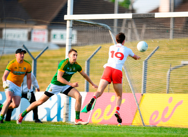 Harry Loughran of Tyrone scores his side's second goal. Photo by Stephen McCarthy/Sportsfile