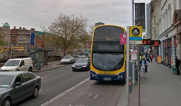 Aston Quay bus stop, Dublin (Photo: Google Maps)
