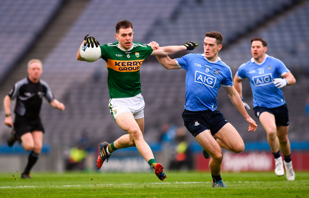 11 March 2018; Jack Barry of Kerry and Brian Fenton of Dublin during the Allianz Football League Division 1 Round 5 match between Dublin and Kerry at Croke Park in Dublin. Photo by Stephen McCarthy/Sportsfile