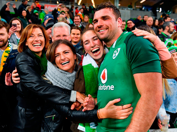 Tadhg Beirne of Ireland celebrates with his family, mother Brenda Hyland, sisters Jennifer and Caoimhe and father Gerry after the 2018 Mitsubishi Estate Ireland Series 2nd Test match between Australia and Ireland at AAMI Park, in Melbourne, Australia. Photo by Brendan Moran/Sportsfile