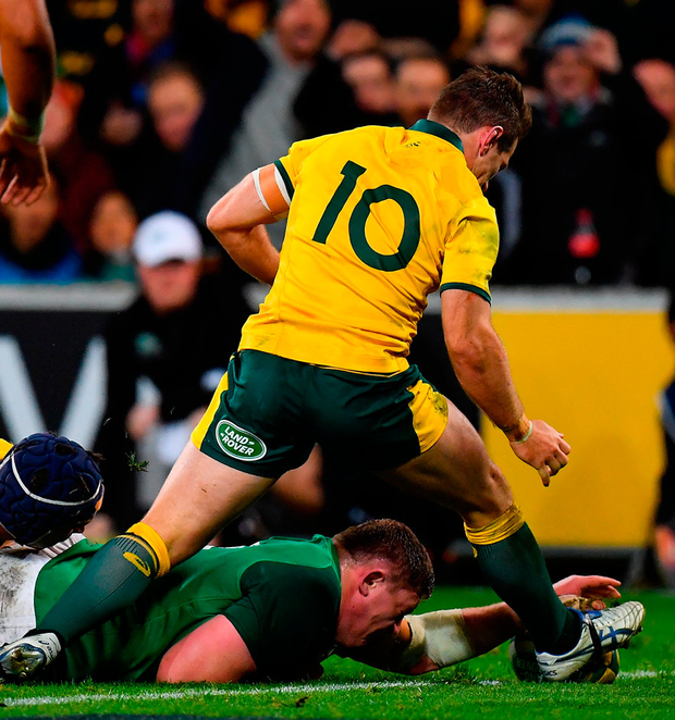 Tadhg Furlong of Ireland scores his side's second try during the 2018 Mitsubishi Estate Ireland Series 2nd Test match between Australia and Ireland at AAMI Park, in Melbourne, Australia. Photo by Brendan Moran/Sportsfile