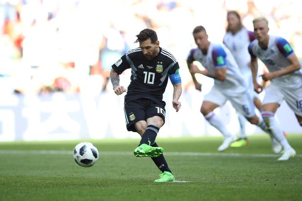 Argentina's Lionel Messi misses a penalty. Photo: Reuters