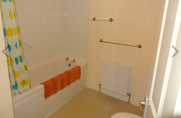 The bathroom of number 18 St Joseph's Square. Photo: Quillsen