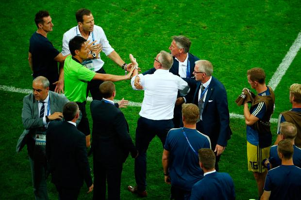 Soccer Football - World Cup - Group F - Germany vs Sweden - Fisht Stadium, Sochi, Russia - June 23, 2018 Sweden coach Janne Andersson clashes with Germany team manager Oliver Bierhoff after the match REUTERS/Hannah McKay