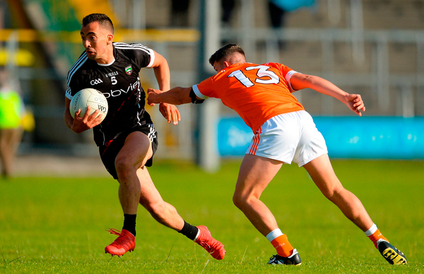 Neil Ewing of Sligo in action against Ryan McShane of Armagh. Photo by Oliver McVeigh/Sportsfile