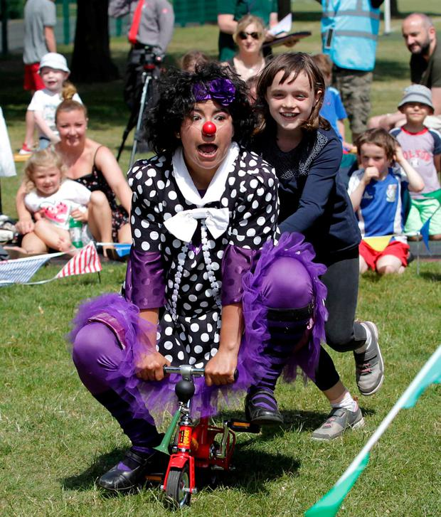 Clown Angelica Santander from the Dublin Circus Project with Rachel Dowling Barnes (9). Photo: Mark Stedman