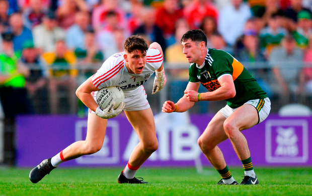 Mark White of Cork in action against Paul Geaney of Kerry. Photo by Eóin Noonan/Sportsfile