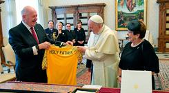 Pope Francis exchanges gifts with Australia Governor-General Peter Cosgrove and his wife Lynne