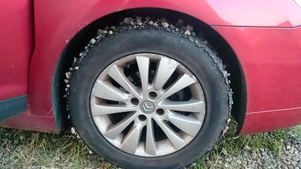 Melting tar on tyres (Photo: Garda Checkpoints & Speed Cameras Galway)