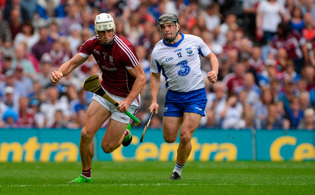 3 September 2017; Gearóid McInerney of Galway in action against Jake Dillon of Waterford during the GAA Hurling All-Ireland Senior Championship Final match between Galway and Waterford at Croke Park in Dublin. Photo by Piaras Ó Mídheach/Sportsfile