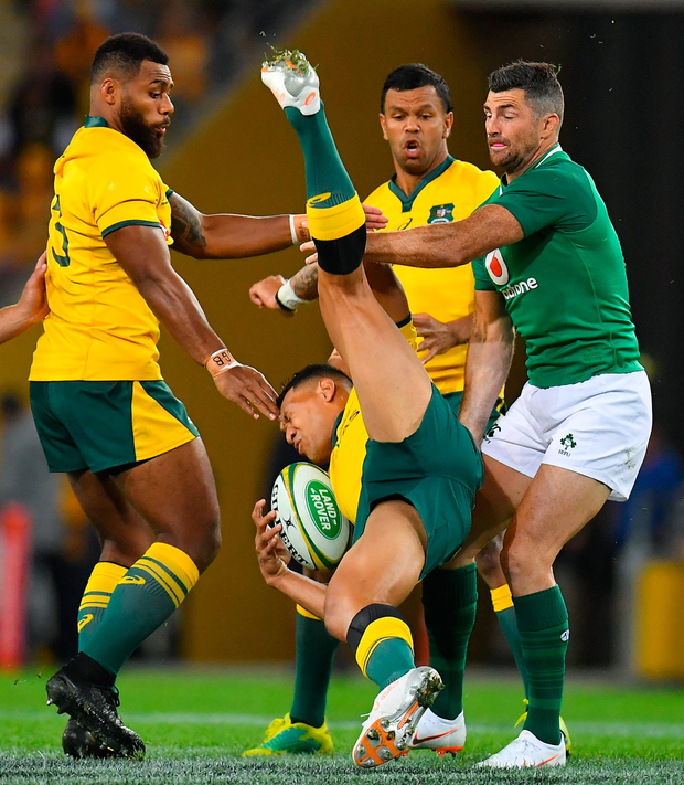 9 June 2018; Israel Folau of Australia is tackled by Rob Kearney of Ireland during the 2018 Mitsubishi Estate Ireland Series 1st Test match between Australia and Ireland at Suncorp Stadium, in Brisbane, Australia. Photo by Brendan Moran/Sportsfile