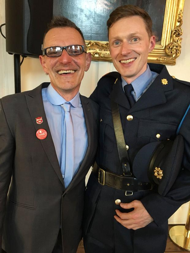 Tonie Walsh and Garda Inspector Paul Franey.jpg